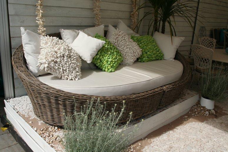 Садовая плетеная мебель своими руками